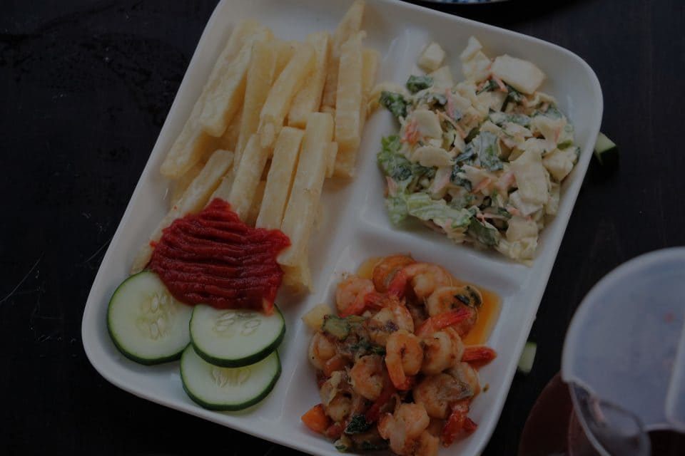 Yam Fries with Shrimp and Salad